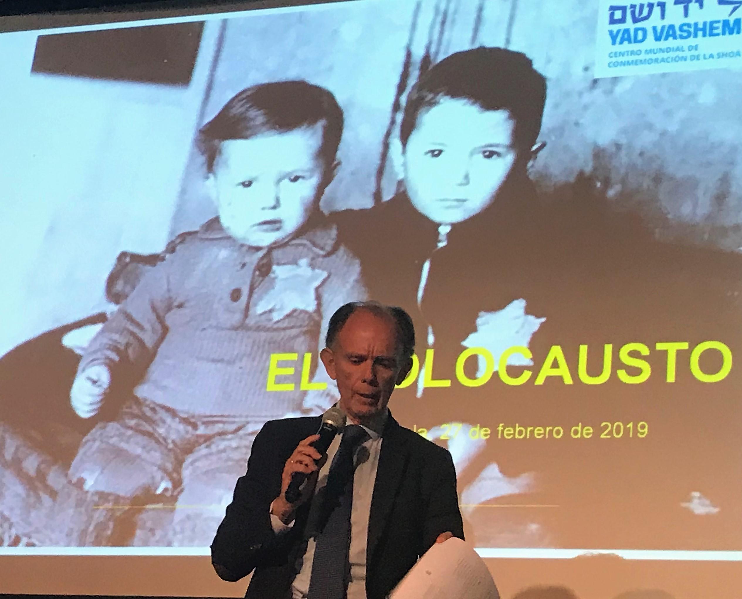 Clase histórica sobre el Holocausto en IES Cortes de Cádiz